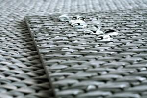 gotas de agua sobre alfombra de vinilo keplan de kp alfombras a medida