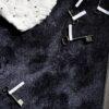 Corazón de algodón y llaves sobre alfombra moderna efekto seda kp alfombras a medida