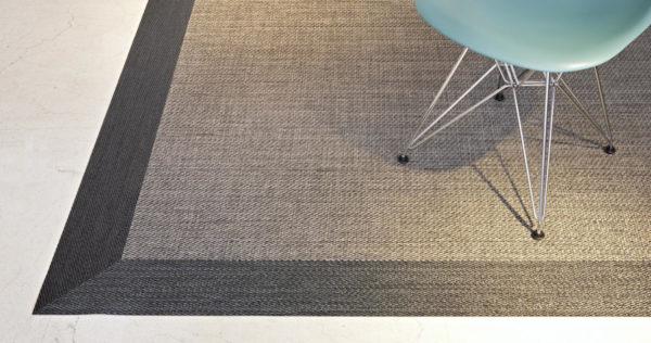 detalle ampliado de alfombra de vinilo keplan pixel de kp alfombras a medida