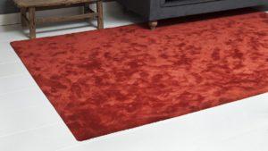 alfombra moderna con brillos takto color rojo de kp alfombras a medida