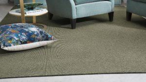 butacas y cojin sobre alfombra nórdica kontract kp alfombras a medida