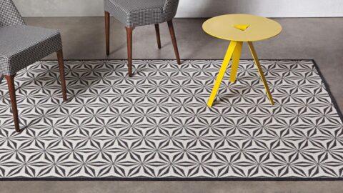 alfombras de diseño kp geometrik en un salón color negro