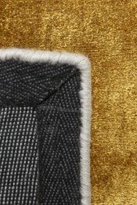 Reves de la alfombra ligne pure glow color oro