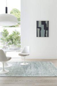 Ambiente con alfombra ligne pure current blue green