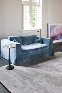 Ambiente con alfombra ligne pure current grey