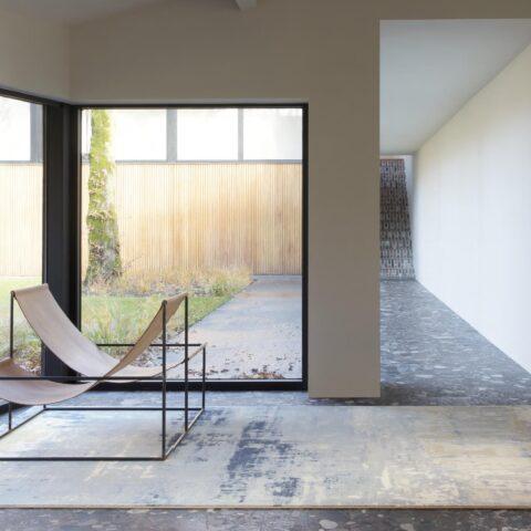 Entrada con alfombra Osta Jade 450.19.900