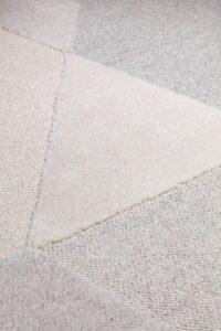 Detalle de alfombra osta flux 46112. AE120