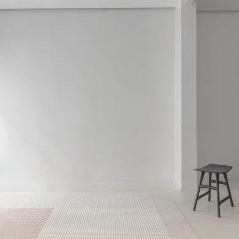 Entrada con alfombra osta flux 46109.AE200
