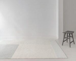 Entrada con alfombra osta flux 46109. AE500