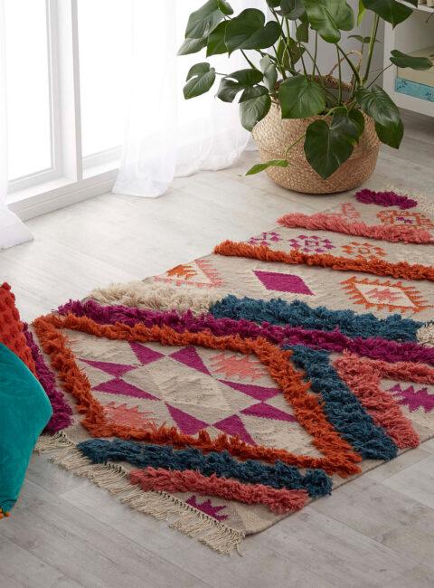Ambiente con alfombra Ryka de Kas Australia