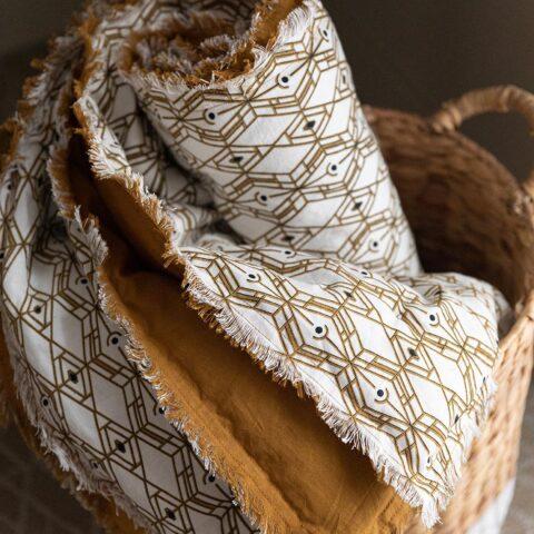 ambiente_plaid_tess_bronze_vivaraise_fernandez_textil